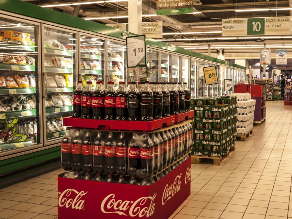 Coca-Cola palešu dekorācijas