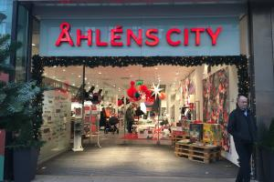 ahlens-shop-decorations